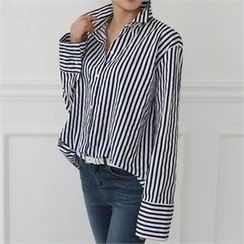 CHICFOX - Striped Loose-Fit Shirt
