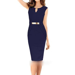 Forest Of Darama - Sleeveless V-Neck Sheath Dress