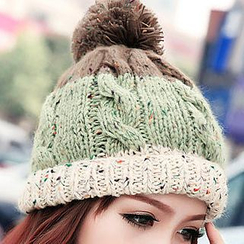 GreatMay - Color-Block Pompom Beanie