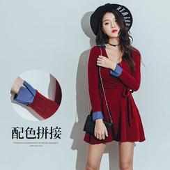 PUFII - Tie-Waist V-Neck Knit Dress