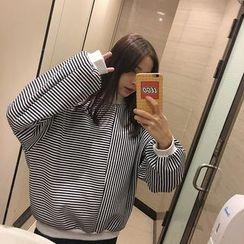 Eva Fashion - Striped Sweatshirt