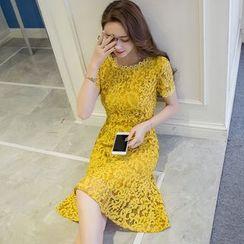 巧妮儿 - 短袖蕾丝连衣裙