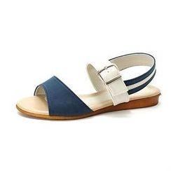 MODELSIS - Two-Tone Buckled Sandals