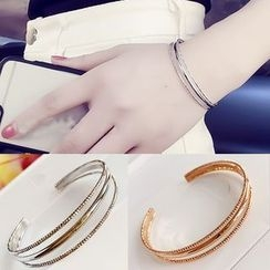 Avery - Open Bangle