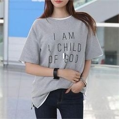 CHICFOX - Elbow-Sleeve Lettering T-Shirt