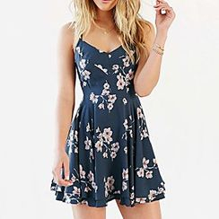 Richcoco - Floral Print Strappy Dress