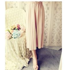 Cobblestone - Pleated Cropped Pants