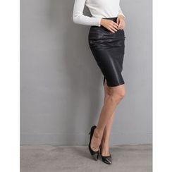 GUMZZI - Faux-Leather Skirt