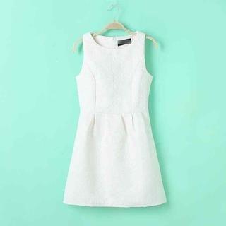 Flower Idea - Embossed Sleeveless Dress
