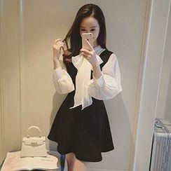 lilygirl - Set: Lantern Sleeve Blouse + Sleeveless Dress