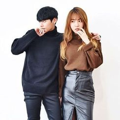 TOMONARI - Couple Turtle-Neck Long-Sleeve Sweater