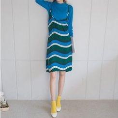 migunstyle - Spaghetti-Strap Striped Dress