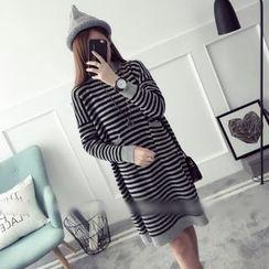 Qimi - 條紋高領針織連衣裙