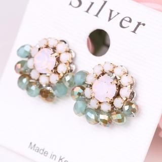 Supermary - Beaded Flower Stud Earrings
