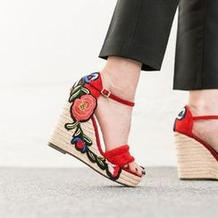 VIVIER - Embroidered-Detail Faux-Suede Sandals