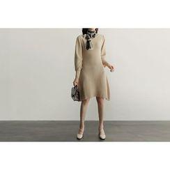 UPTOWNHOLIC - Asymmetric-Hem A-Line Knit Dress