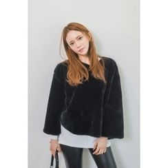 migunstyle - Round-Neck Faux-Fur Top