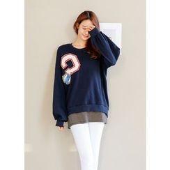 J-ANN - Drop-Shoulder Patch Sweatshirt