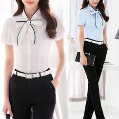 Pearlescent - Short-Sleeve Tie-Neck Shirt