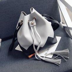 Diamante - Set: Color Panel Tasseled Bucket Shoulder Bag + Zip Pouch