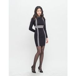 GUMZZI - Contrast-Trim Bodycon Dress
