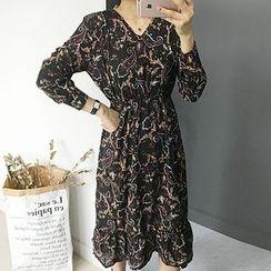 STYLEBYYAM - Paisley Patterned V-Neck Gathered-Waist Dress