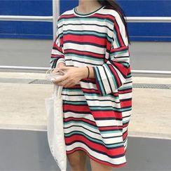 Lemon Bliss - Lettering Back 3/4 Sleeve Striped T-Shirt Dress