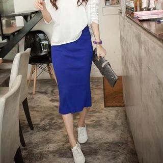 High-Waist Knit Skirt with Back Slit