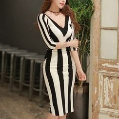 Aurora - 3/4-Sleeve Striped Sheath Dress