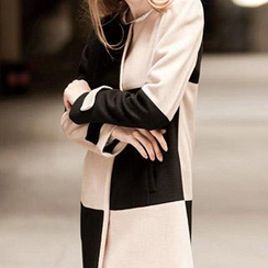 Neeya - Long Sleeved Colour Block Dress
