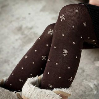 Tokyo Fashion - Snowflake-Print Dotted Tights