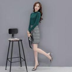 Romantica - 套装: 长袖针织上衣 + 格纹A字短裙