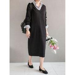 STYLEBYYAM - V-Neck Knit Dress