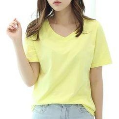 Raisin - Plain V-neck Short-Sleeve T-shirt
