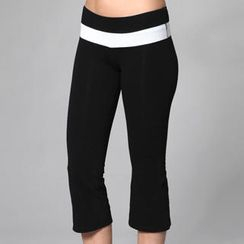 Almaz.C Active - Contrast-Trim Cropped Yoga Pants