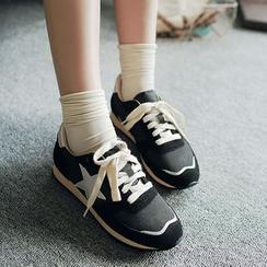 幸福鞋坊 - 星星貼布運動鞋