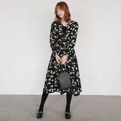 Seoul Fashion - Floral Print A-Line Maxi Dress with Sash