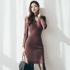 Hazie - Buckled Neck V-Neck Ribbed Bodycon Dress