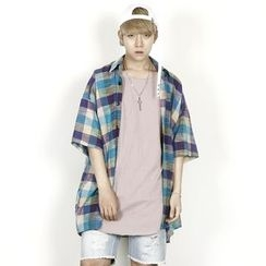 Rememberclick - Oversized Short-Sleeve Check Shirt