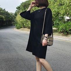 A7 SEVEN - 春季新款韓版寬鬆中長款純色七分袖卹女學生休閒連衣裙