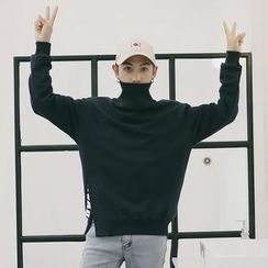Mr. Wu - Plain Turtleneck Sweatshirt