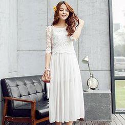 Lovebirds - 3/4-Sleeve Lace-Panel Dress