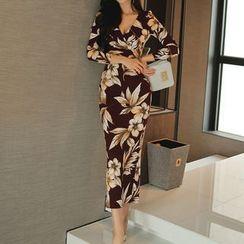 Yilda - Floral Maxi Dress