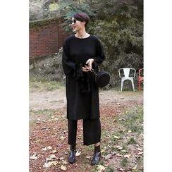 PPGIRL - Slit-Side Pleated Dress