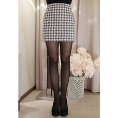 MyFiona - Band-Waist Houndstooth Mini Skirt