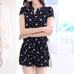 Donnae - Short-Sleeve Patterned Playsuit