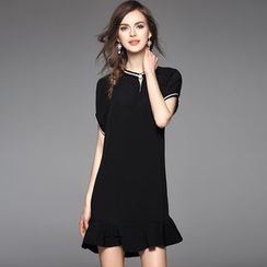 Y:Q - Ruffled-Hem Short-Sleeved Dress