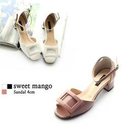 SWEET MANGO - Buckle-Accent Ankle-Strap Sandals