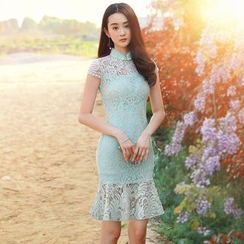 Royal Style - Lace Panel Stand-Collar Short-Sleeve Cheongsam