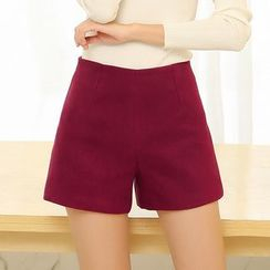 LITI - Wool Shorts
